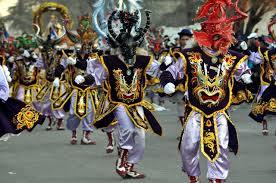 Tirana masques